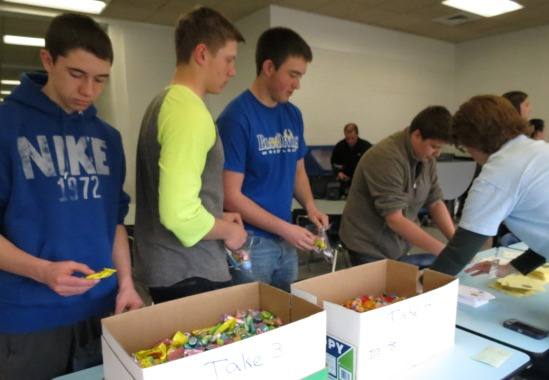 Bellwood-Antis Students Donate Treats for Troops