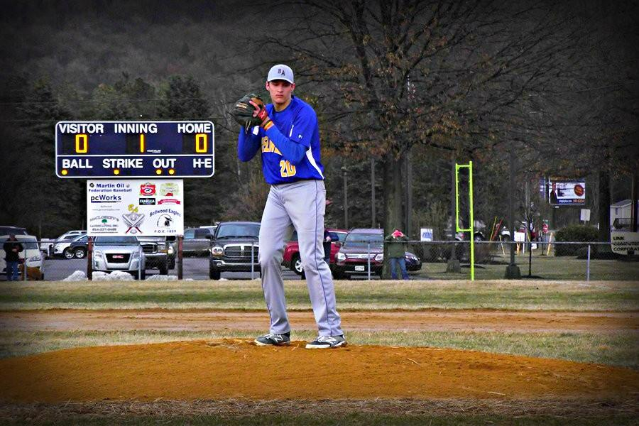 Chad Luensmann remained undefeated on the hill, defeating Mount Union for the second time yesterday.