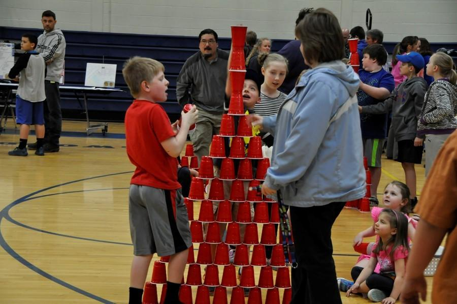 STEM Night featured activities and displays throughout the middle school.