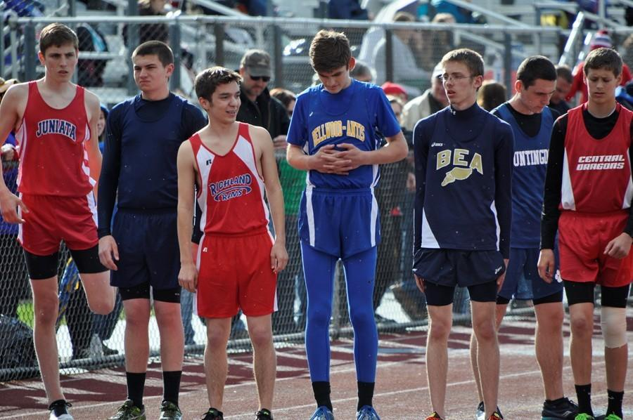 Boys track team places second at B-A invitational