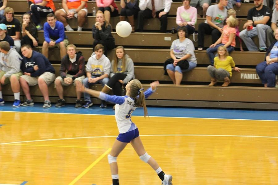 Lindsey serving the ball.
