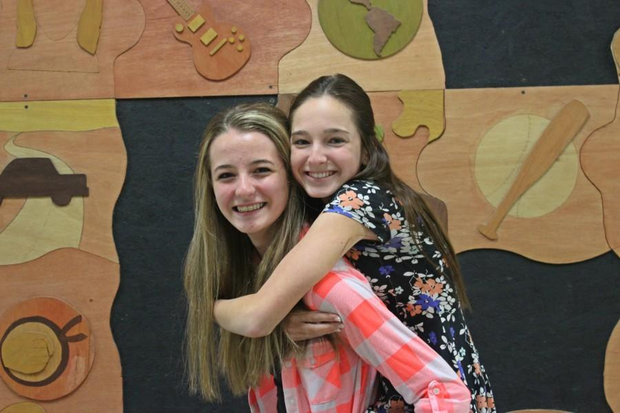 Gwen and Alivia are two freshmen who are inseparable.