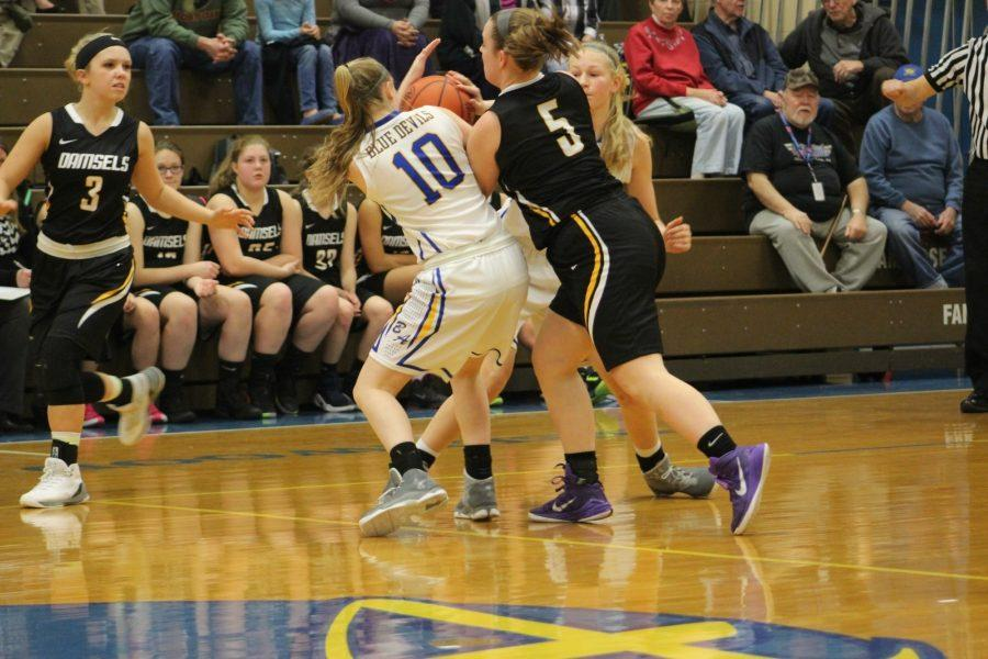 Riley D'Angelo comes away with a steal in B-A's win over Mo Valley.
