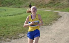 Jenna Bartlett has had an amazing junior season on the cross country team.