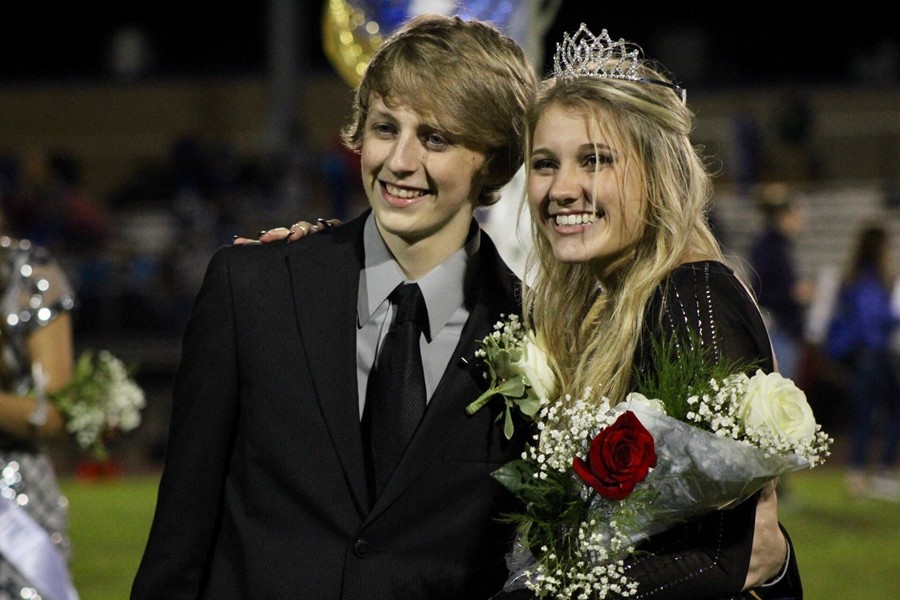 Shayla+Branstetter%2C+here+with+escort+Tristan+Claypoole%2C+was+crowned+the+2017+Homecoming+Queen.