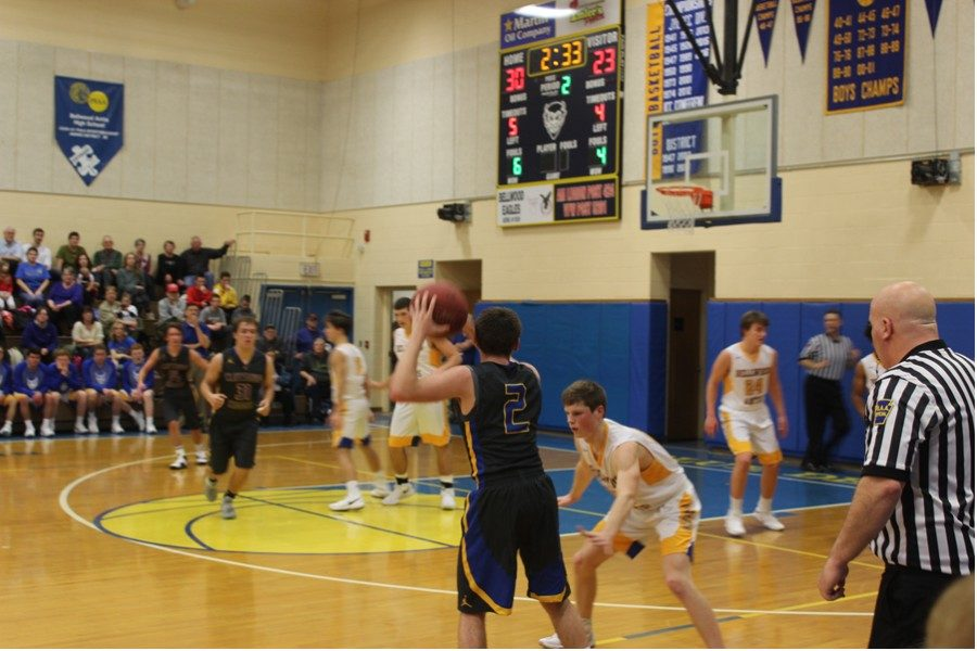 Walker was splashing threes all night, but that didnt stop him from focusing on defense. (Nick Caracciolo)