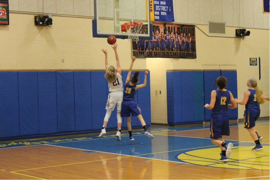 Campbell lead BA past West Middlesex with 34 points.
