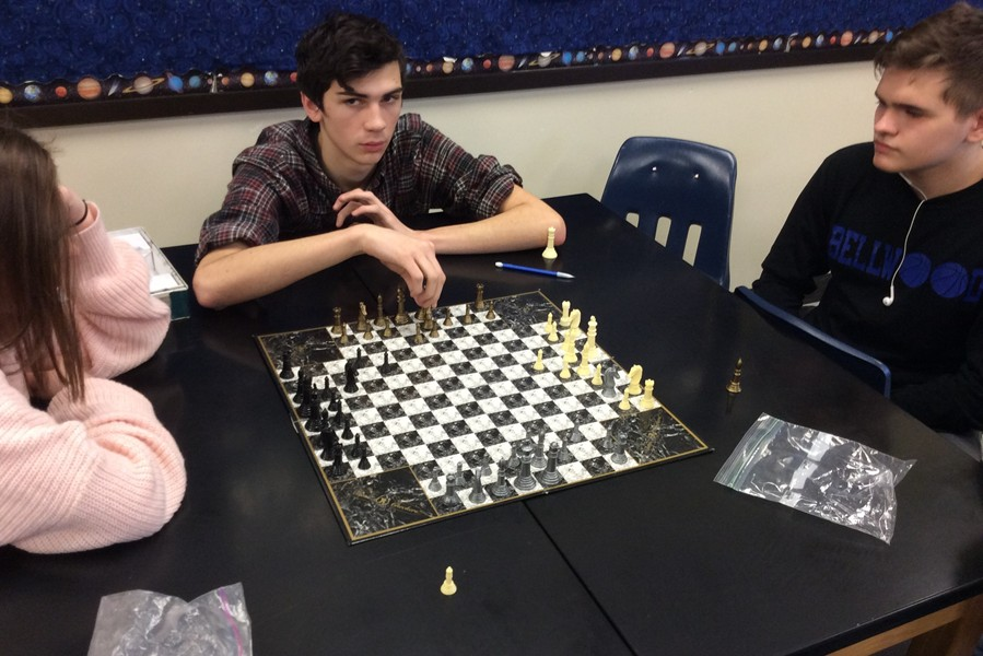 Junior+Quintin+Nelson+is+one+of+the+early+favorites+in+the+Bellwood-Antis+Chess+Tournament.