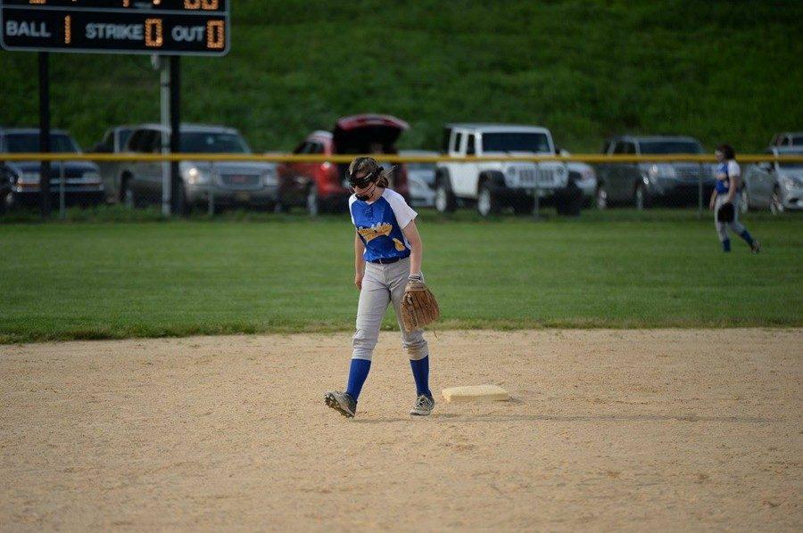Sophomore+Faith+Patton+is+set+for+a+big+season+at+bat.