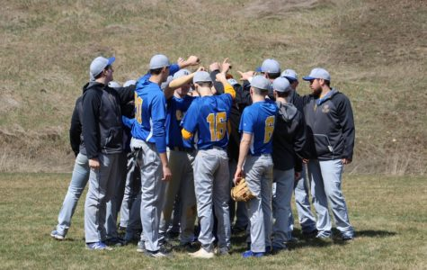 Bellwood-Antis defeats Vikings twice in double-header