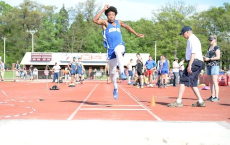B-A sends 5 events to states