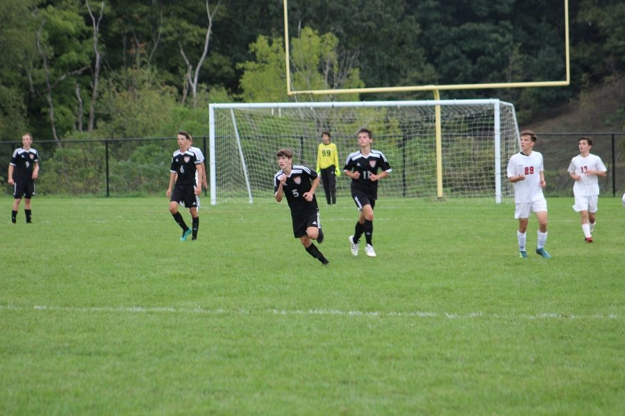 The soccer team continued its struggle to score goals in a 3-0 loss to Hollidaysburg.