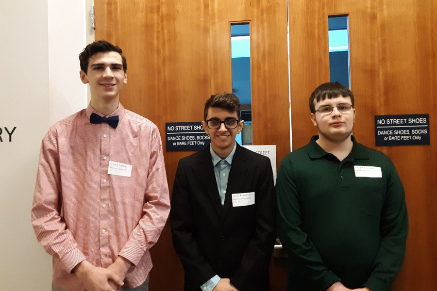 Quintin Nelson, Dan Kustaborder and Philip Chamberlin had successful days at PJAS regionals, with Kustaborder and Nelson advancing to states.