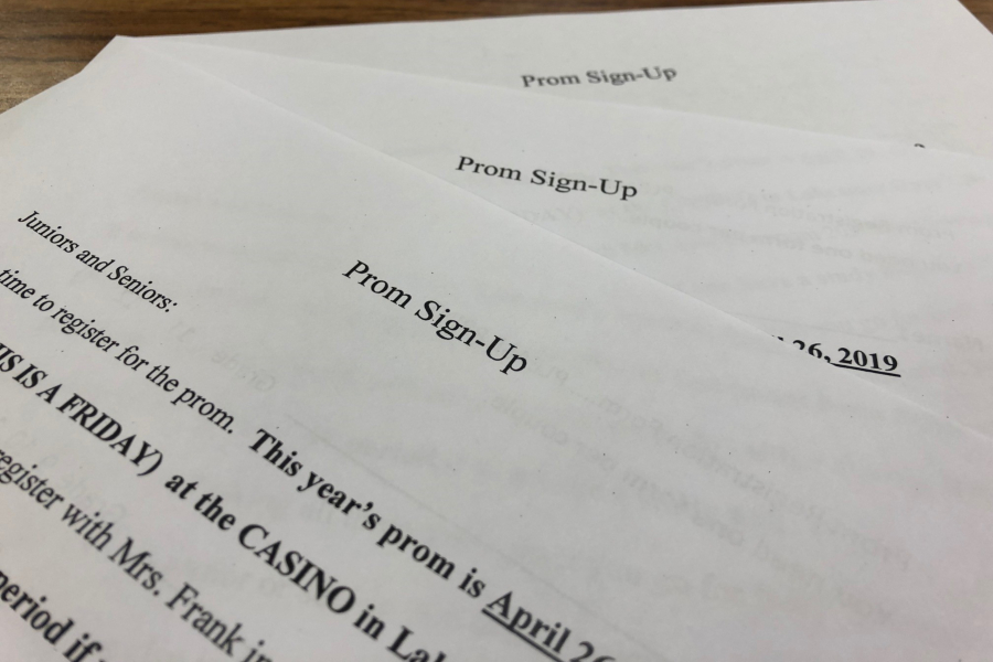 Prom sign-ups are approaching their deadline.