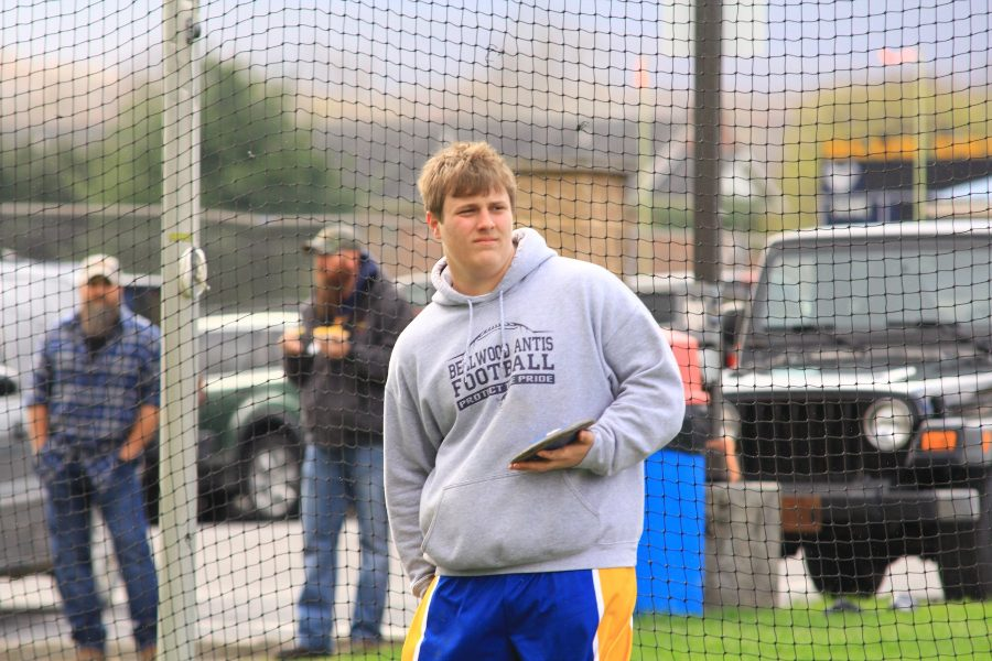 Joe+wertz+finished+first+in+the+shot+put+and+third+in+the+discus+and+was+named+outstanding+thrower+in+B-A%27s+home+invitational+win.