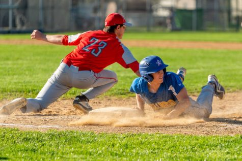 Baseball and softball team record victories