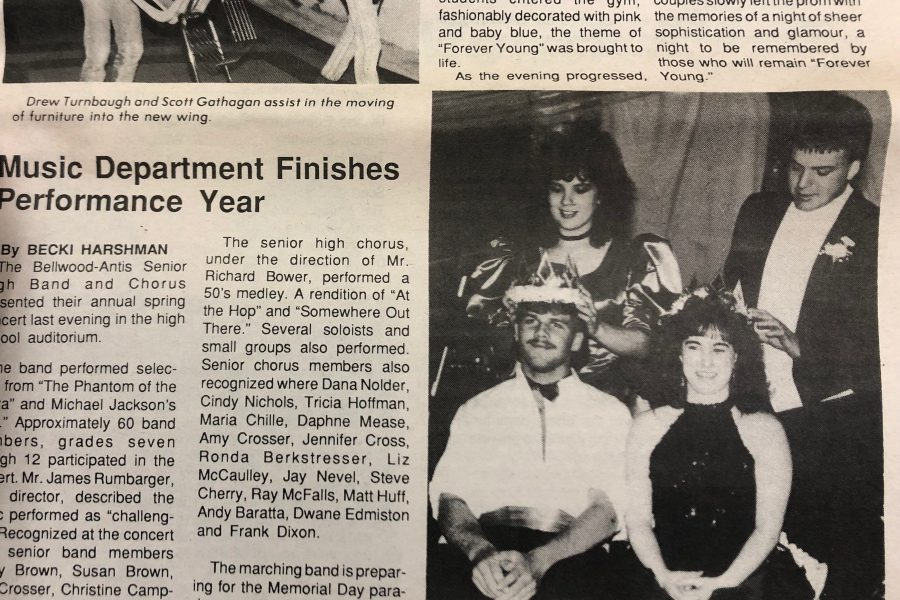 Tim Burns and Lisa Hazlett were crowned king and queen of Prom 1989.