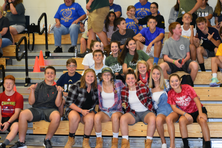 B-A+volleyball+vs.+Juniata+Valley%3B+September+3%2C+2019.+%28Caleb+Beiswinger+and+Jake+Hawn%29