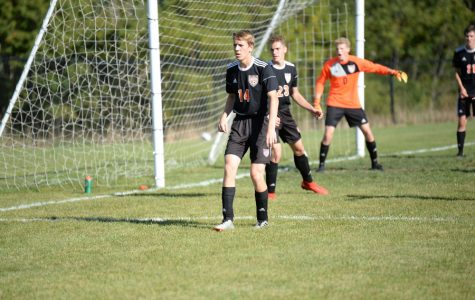 Soccer team ties Huntingdon