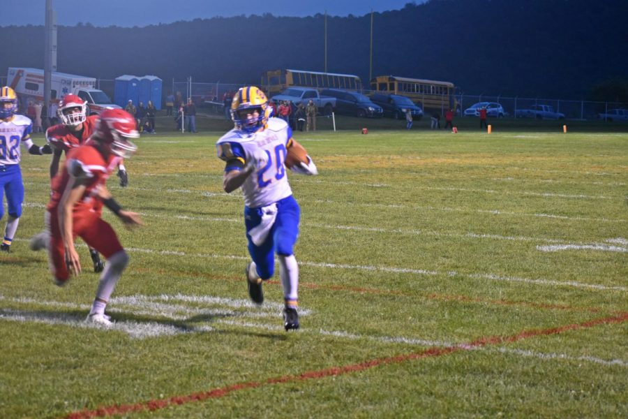 Zach+Mallon+and+the+Blue+Devils+are+ready+for+their+Homecoming+game+against+Moshannon+Valley.