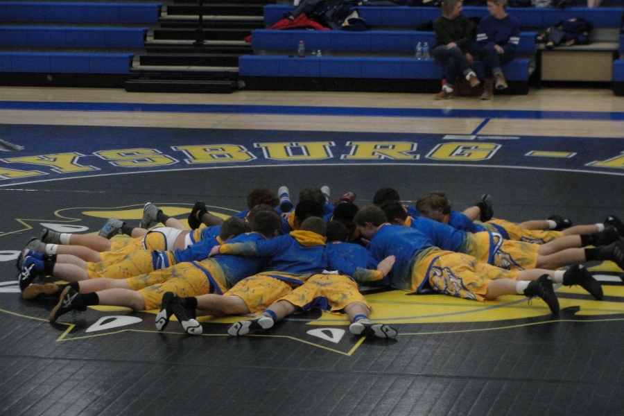 Wrestling+team+beats+Claysburg