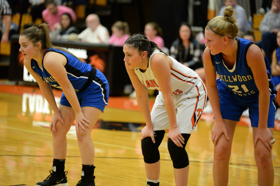 Macy Decker and Alli Campbell continued to pump in points for the Lady Devils against Glendale.