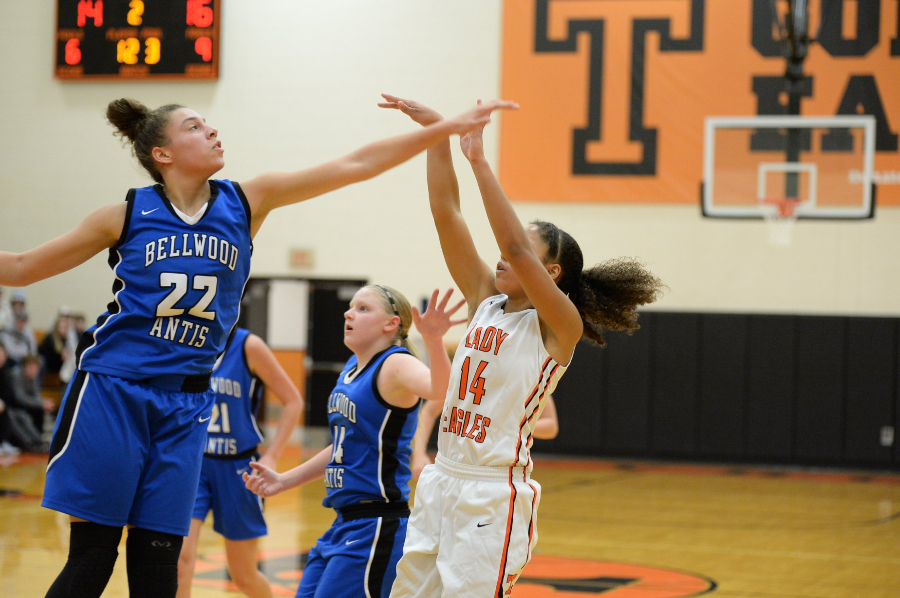 Lady Devils Pour in 99 Points in ICC Victory