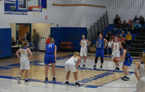 Lady Devils remain undefeated; boys fall to Mount Union