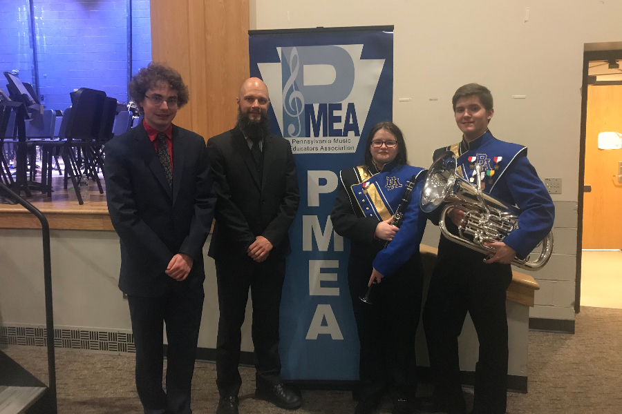 Two B-A musicians play at District Band