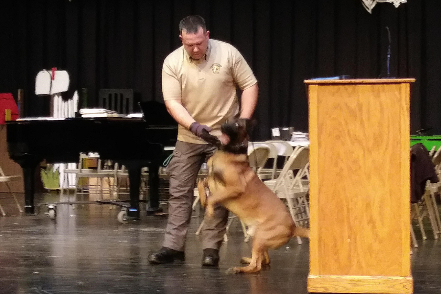 Officials+brought+a+K-9+unit+to+B-A+on+Wednesday+for+a+demonstration.