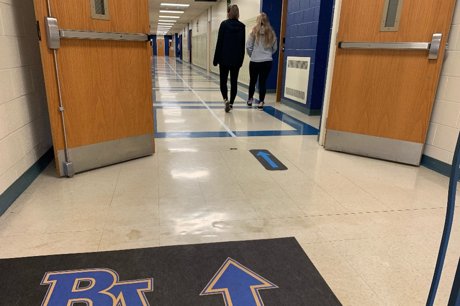 Following the traffic  rules designated by the lines in the hallways, students should always walk o the right side of the halls, but not everyone obeys the rules.