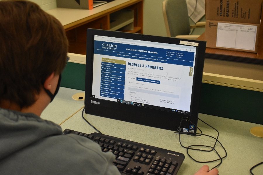 Guidance department uses virtual visits for college-bound seniors
