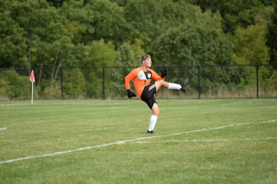 Soccer+team+goal+keeper+Landon+Bungo+will+have+his+hands+full+stopping+Hollidaysburg+in+the+District+6+finals.