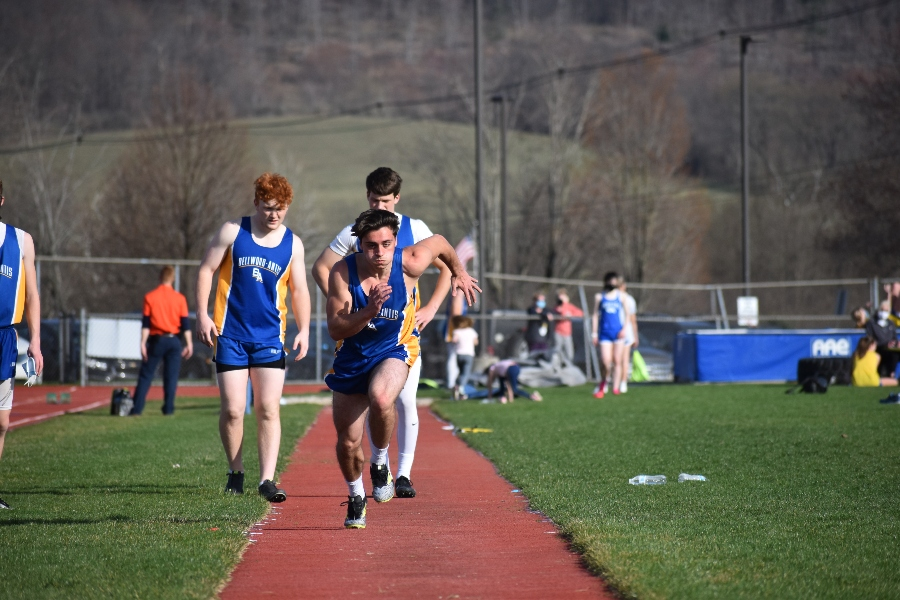 Both B-A track squads had a successful weekend.