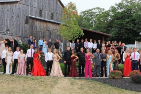 Prom plans were set last week when students voted on a prom at Lakemont Park.