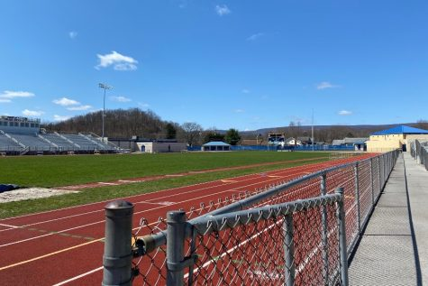 The boys and girls track and field teams had a list of place-winners at the annual Igloo Invitational Saturday.