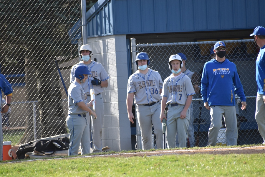 Baseball team takes win over St. Joe's
