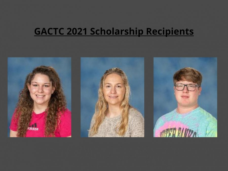 Three Bellwood seniors received scholarships from the National Technical Honor Society. (From left: Hannah Williams, Paige Otto, and Zachary Cunningham)